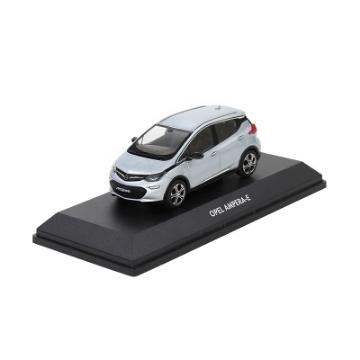 Afbeeldingen van Opel Ampera e 1:43, kristalzilver